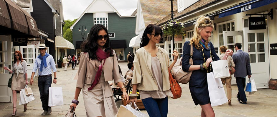 Bicester Village Tour (Outlet shopping)